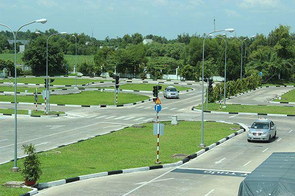 Học lái xe ô tô tại quận 9, trung tâm nào chất lượng nhất?